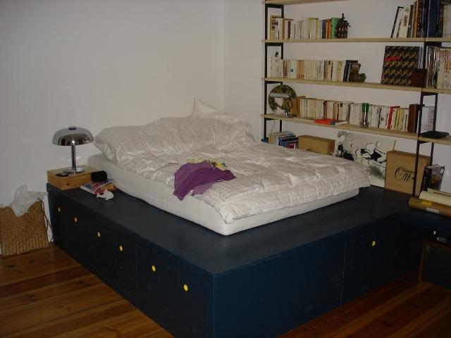 estrade en bois pour lit trendy chambre adolescent design modulable with estrade en bois pour. Black Bedroom Furniture Sets. Home Design Ideas